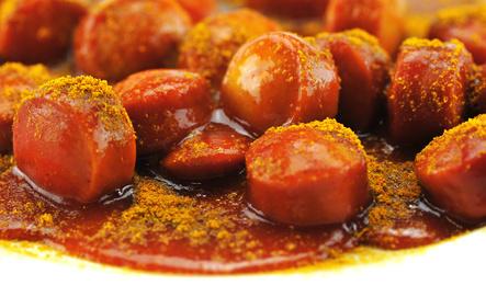 Currywurst essen im Bratwursthaus in Bochum