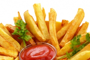 Pommes Frites und Soße selber machen