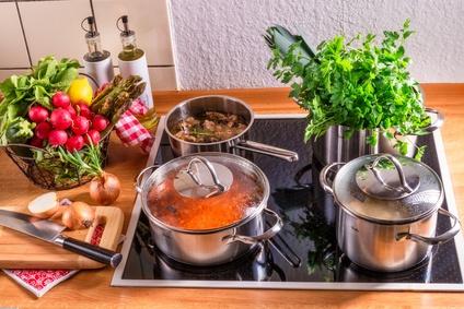 Diese Maßnahmen fördern das gesunde Kochen daheim